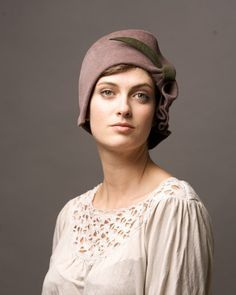 Ladie Vintage Cloche Hat