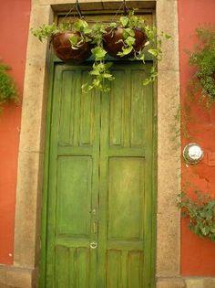 San Miguel de Allende, Mexico: Mexican doorways