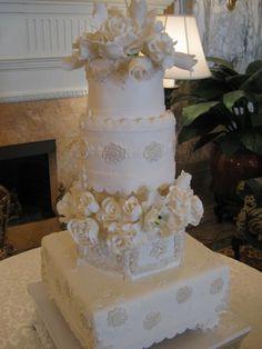 hermitage wedding cake from wedding dress