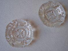 2 Cendriers en verre ciselé / Verre moulé pressé par LMfrenchyDeco