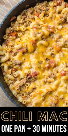 This Easy Cheesy Chili Mac is the perfect one pan, 30 minute meal! An easy family friendly dinner perfect for busy weeknights! dishes One Pan Chili Mac Easy One Pot Meals, Quick Meals, Easy Dinner Recipes, Easy 30 Minute Meals, Easy Meals For Dinner, Healty Dinner, Frugal Meals, Easy Dinners, Freezer Meals