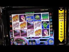 IGT Creature from the Black Lagoon Slot Machine - YouTube