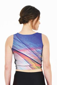 Electric Bay – Fitted Crop Top // Axly // Cerulean and Lapis blue skies are electrified with golden flames of pink and red - gorgeous and all time favorite sunrise design. Dare to pair with the Electric Bay Leggings. 82% polyester / 18% spandex. Made in USA.