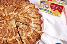Пирог яблочный — пошаговый рецепт приготовления с фото в домашних условиях Bread, Recipes, Food, Breads, Baking, Meals, Yemek, Recipies, Eten