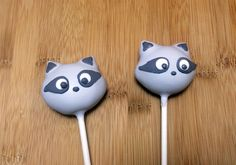 Raccoon Cake Pops