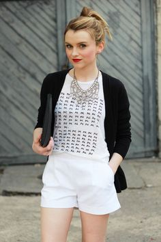 Blogger Poor Little It Girl goes for black and white in a Gap cardigan.