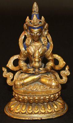 Buddha Tibetano em bronze gilded a ouro do sec.18th, 16,5cm de altura, 77,920 EGP / 29,055 REAIS / 9,220 EUROS / 10,900 USD / 67,625 CHINESE YUAN  https://www.facebook.com/SoulCariocaAntiques