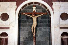 Santa Maria Novella in Florence:  Brunelleschi Cross
