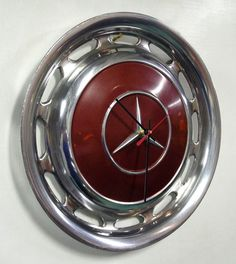 Hubcap clocks. Awesome