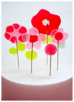 Flower lollipops from Candy Aisle Crafts.