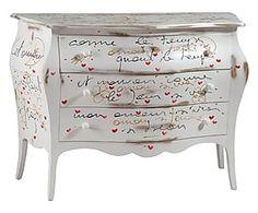 Como' bombato con poesia scritta a mano in legno bianco - 120x86x50 cm