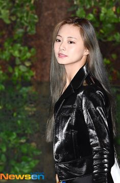 Kpop Outfits, Girl Outfits, Fashion Outfits, Womens Fashion, Beautiful Eyes Quotes, Chou Tzu Yu, Twice Jihyo, Tzuyu Twice, Korean Name