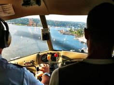 Flying home into South Lake Union from Victoria, we had lots of boat traffic below to dodge =) (Seattle, Wa. - August)