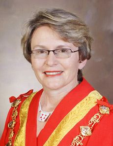 Cape Town Mayor Helen Zille has revealed during an interview with South Africa\'s Sunday Times that her rosy-cheek glow has less to do with her disposition and African Royalty, Gender Inequality, The Longest Journey, Elizabeth Taylor, African Beauty, Celebs, Celebrities, Strong Women, South Africa