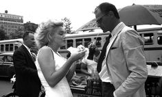 Marilyn Monroe and Arthur Miller, 1957 Photos by... - Is the cinema more important than life?