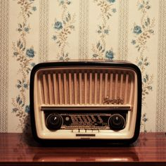 little radio.