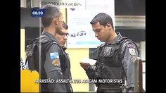 Roubo de carro termina com perseguição e troca de tiros na zona norte do Rio - Vídeos - R7