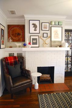 Name: Liza Monteagudo and David E. Peterson + Dog, Paco Location: Grant Park — Atlanta, Georgia Size: 1,100 square feet Years lived in: 2.5 years Designer and DIY guru Liza Monteagudo and abstract painter David E. Peterson have created an eclectic, creative home in the Grant Park neighborhood of Atlanta. It's a treasure trove of David's paintings, art from Liza's home of Puerto Rico, carefully chosen antiques, and plenty of clever DIYs.