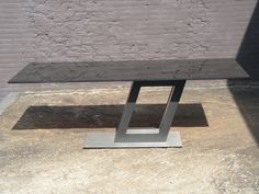 z tafel in graniet 240 x 100 cm. in graniet, deze tafel wordt op iedere wensmaat geleverd in graniet, hout en gelakt glas. www.kulowany.nl