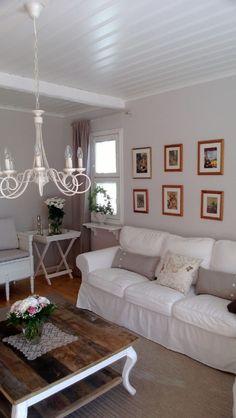 Referenssejä | Sisustus Trendo Sofa, Couch, Furniture, Design, Home Decor, Settee, Settee, Decoration Home, Room Decor