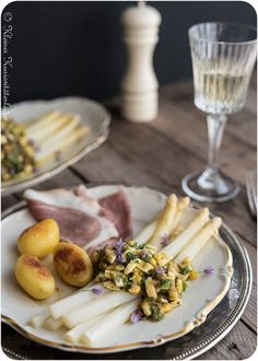 Spargel mit polnischer Sauce Camembert Cheese, Dairy, Meals, Vegan, Cooking, Foodblogger, Eastern Europe, Summer Vibes, Drinks