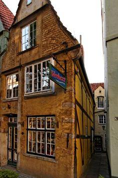 Schnoor (Old Town), Bremen, Germany Bremen Schnoor, Bremen Germany, Far Away, Old Town, Old World, Europe, Romantic, Places, Old City