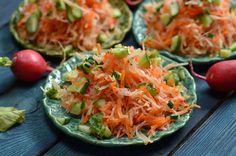 surówka z kalarepki Shrimp Pasta, Side Dishes, Cabbage, Gluten Free, Vegetables, Recipes, Blog, Collard Greens, Dishes