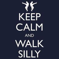 Google-kuvahaun tulos kohteessa http://www.tshirtroundup.com/wp-content/uploads/2011/11/keep-calm-and-walk-silly.jpg