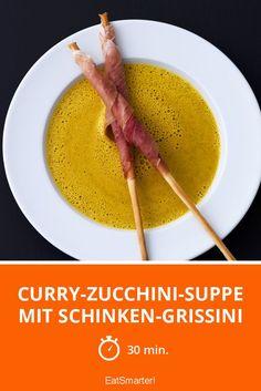 Curry-Zucchini-Suppe mit Schinken-Grissini - smarter - Zeit: 30 Min. | eatsmarter.de