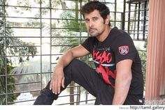 Vikram's Saamy 2 delayed? - http://tamilwire.net/58425-vikrams-saamy-2-delayed.html