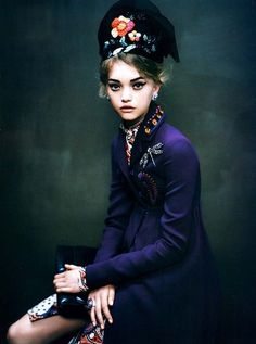 Gemma Ward, like a painting portrait, by Paolo Roversi for Vogue Italia