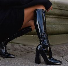 """𝓜. on Twitter: """"BOOT SEASON.… """" Dr Shoes, Crazy Shoes, Cute Shoes, Shoes Heels Boots, Me Too Shoes, Funky Shoes, Shoes Sneakers, Mode Ootd, Aesthetic Shoes"""