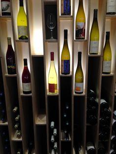 Wine Shelves, Bar Shelves, Wine Storage, Restaurant Design, Restaurant Bar, Wine Shop Interior, Whiskey Room, Wine Rack Plans, Wine Stand