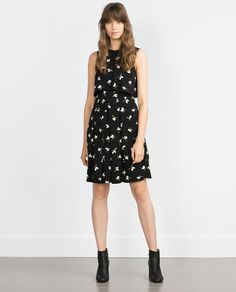 Zara Printed dress  REF. 7804/072  69.90 USD Printed dress. Two piece effect. Sleeveless. size small. OUTER SHELL  97% POLYESTER, 3% ELASTANE  LINING  100% POLYESTER