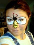 Bumble Bee Face Paint, Bee Games, Crochet Bee, Face Painting Tutorials, Bee Party, Business For Kids, Painting For Kids, Halloween Make Up, Makeup