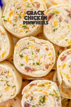 Crack Chicken Pinwheels I am ADDICTED to these sandwiches! Cream cheese, cheddar, bacon, ranch and chicken wrapped in a tortilla. So simple to make with rotisserie chicken and precooked bacon. Can make ahead of time and refrigerate until ready to eat. Yummy Appetizers, Appetizers For Party, Appetizer Recipes, Sandwiches For Parties, Cream Cheese Recipes Dinner, Appetizers With Cream Cheese, Finger Foods For Parties, Snacks For Party, Simple Appetizers