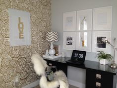 Petal Pusher (Gold) glams up this home office space. #h&wpintowin