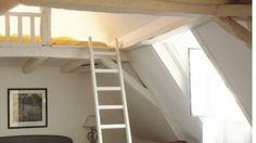 lit chambre mezzanine sous les toits combles nid douillet