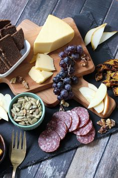 Fall Charcuterie & Cheese Board || Runway Chef