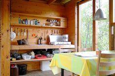 Trine Faye Lund og Jostein Bjørndal's summer cabin from bonytt via Scandinavian Retreat: Architects cabin