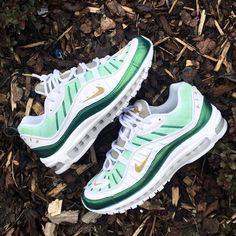 Best Sneakers Fashion Part 4 Cute Sneakers, Best Sneakers, Sneakers Fashion, Air Max Sneakers, Sneakers Nike, Timberland Outfits, Tennis Shoes Outfit, Baskets, Fresh Shoes