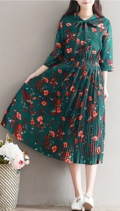 Retro Fashion Women loose fit plus over size retro flower dress maxi skater skirt fashion chic Trendy Dresses, Nice Dresses, Casual Dresses, Trendy Fashion, Plus Size Fashion, Vintage Fashion, Retro Fashion 50s, Vestidos Vintage, Vintage Dresses