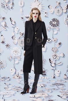 Sfilata Schiaparelli New York - Collezioni Autunno Inverno 2016-17 - Vogue