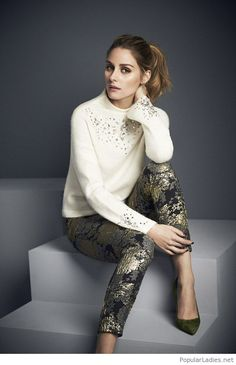 Awesome pants and blouse, love the green shoes too