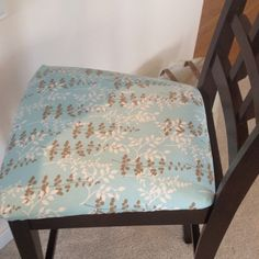Easy chair recover project with fabric from hobby lobby and a staple gun