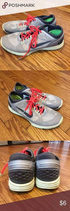 Nike Lunarlon Running Sneakers Missing the insoles.  Simple inserts/arch supports would work fine.  Overall in awesome shape! Please make an offer if you're interested -- just looking to get them off my hands! Shoes Sneakers