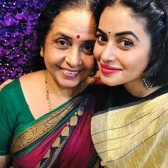 Shamna Kasim with Sobha Mohan Shamna Kasim, First Time, Sari, Fashion, Saree, Moda, Fashion Styles, Fashion Illustrations, Saris