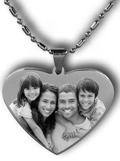 Personalized photo engraved dog tag gifts for every occasion. Engraved your favorite picture on a dog tag or key chain. Engraved Dog Tags, Personalized Dog Tags, Personalised Gifts Unique, Engraved Gifts, Custom Engraved Necklace, Personalized Necklace, Engraved Pendants, Photo Engraving, Custom Engraving