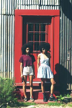 Natural hair - the red door the ladies...summer