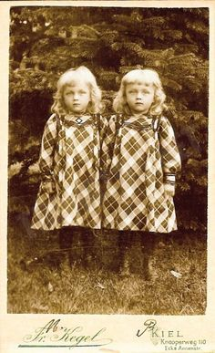 Twins. Circa: 1895